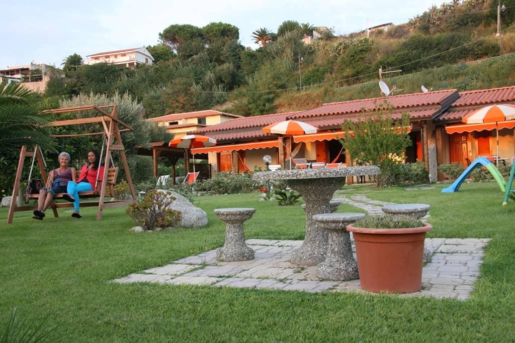 21-trilocali_casavacanza_Calabria1.jpg1