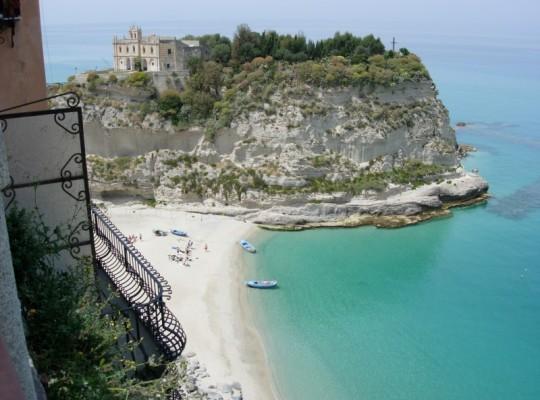 24 - Tropea - la Madonna dell'isola