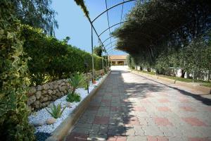 casa con giardino capo vaticano